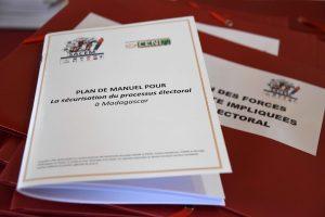 Des activités pour informer les Forces de Défense et de Sécurité (FDS) sur leur rôle de sécurisation du processus électoral Madagascar