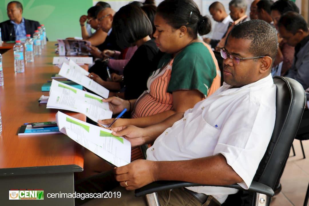 Des ateliers pour préparer les élections législatives
